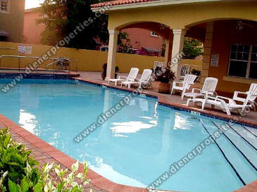 Villas Of Barcelona Dadeland Kendall Townhomes For Sale Rent