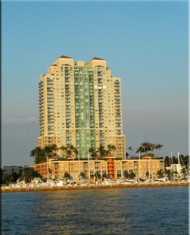 Yacht Club At Portofino South Beach